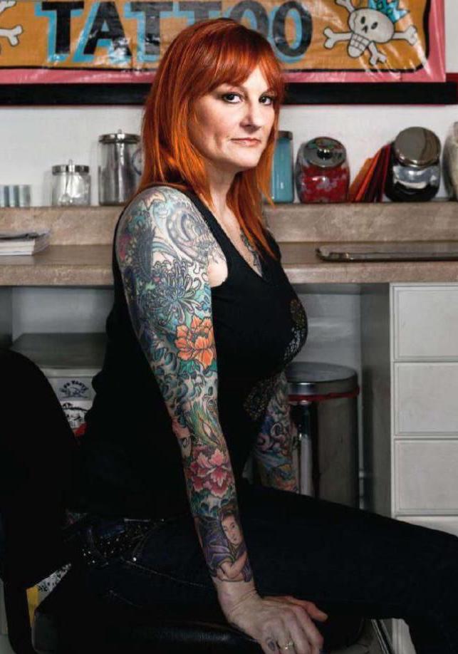 Annette LaRue del programa VICE's Tattoo Age